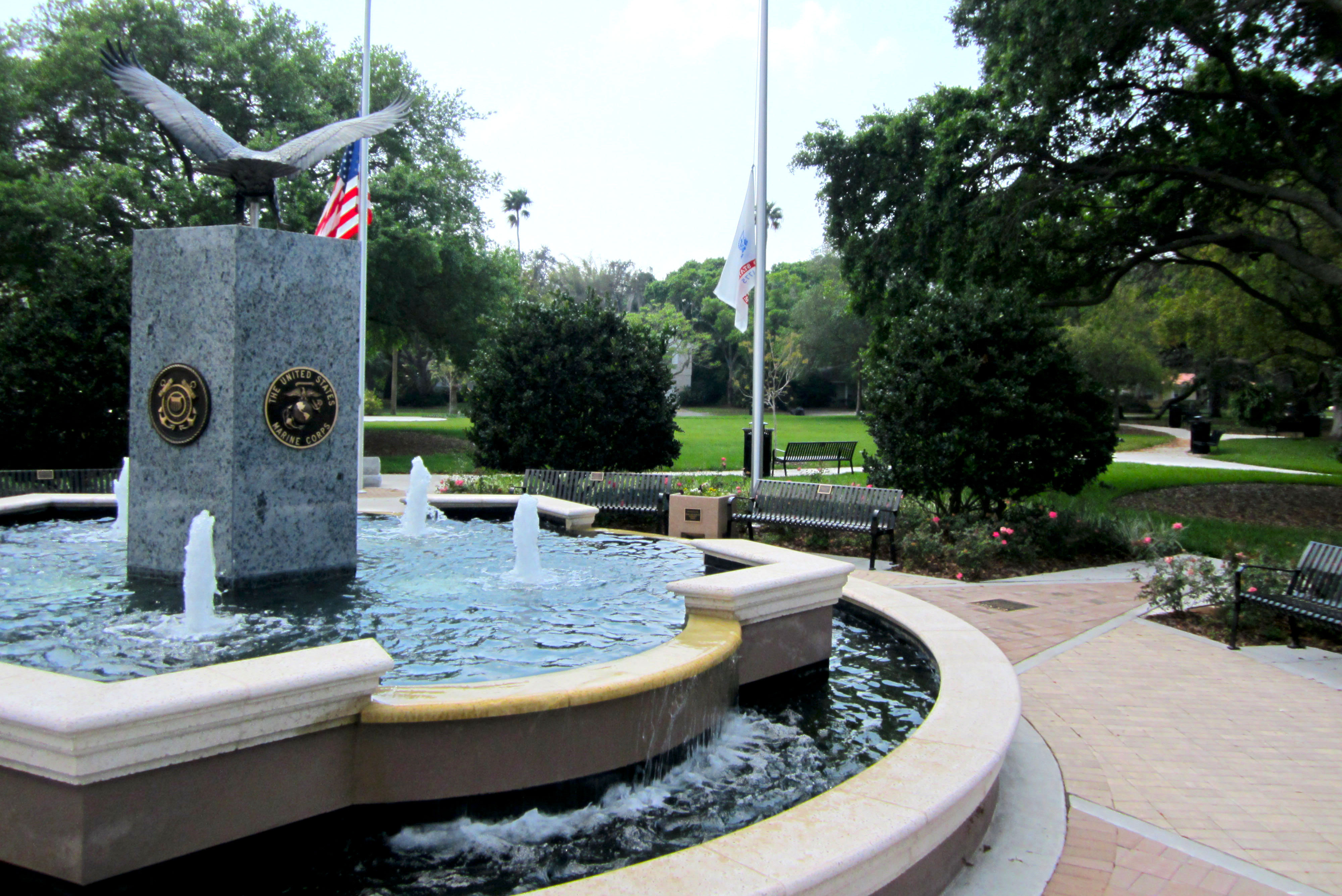 A view from the back of the fountain in Hunter Memorial Park during daytime