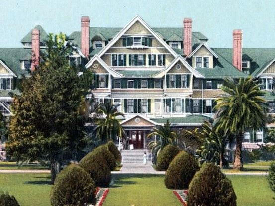 Front view rendering of the entrance to the historic Belleview Biltmore Hotel